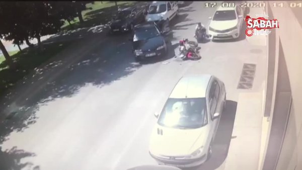 Beyoğlu'nda motosikletlinin metrelerce sürüklendiği kaza kamerada | Video