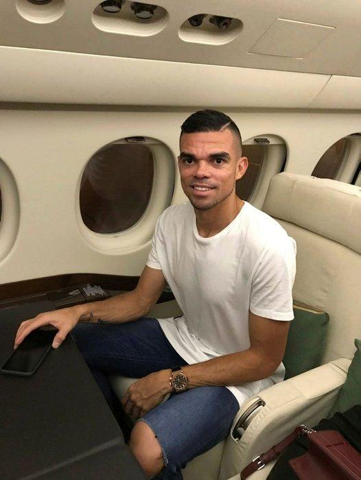 Pepe'ye çift yıldızlı forma