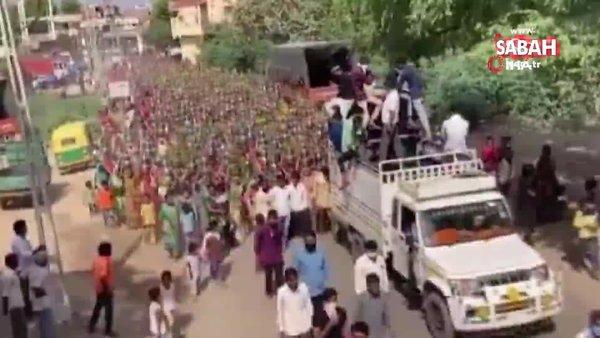 Hindistan'da yüzlerce kadın dini tören için Covid-19'u hiçe saydı   Video