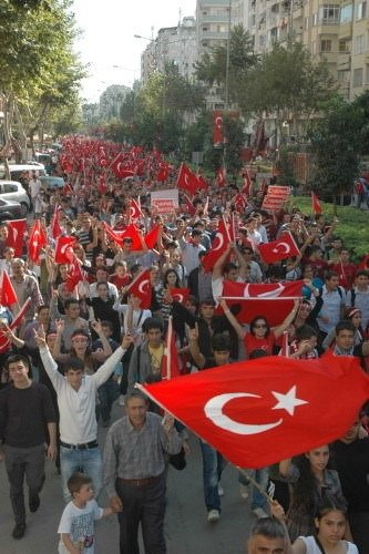 Türkiye terörü lanetledi