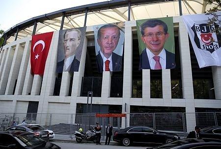 Vodafone Arena'nın açılışından görüntüler