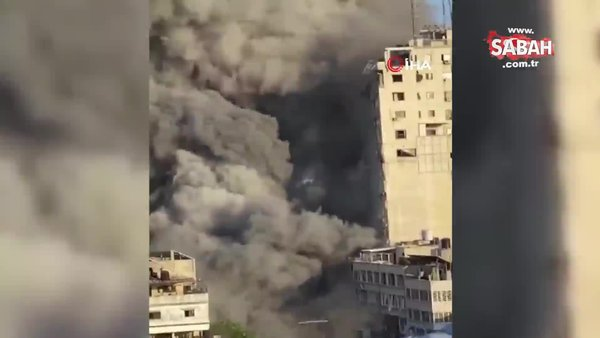 İsrail, Gazze'de medya ofislerinin bulunduğu 12 katlı binayı vurdu   Video