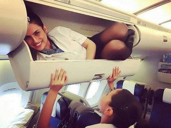 Siz uçaktan inince neler oluyor?
