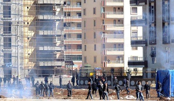 Diyarbakır'da Nevruz gerginliği