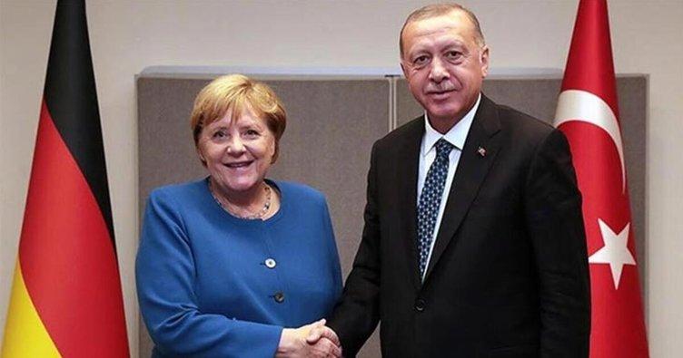 Erdoğan, Merkel ile Doğu Akdeniz'i görüştü