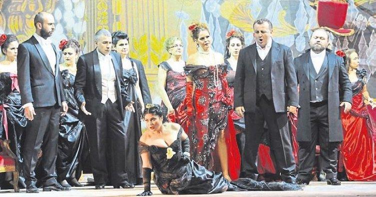 Türk operası uçtu