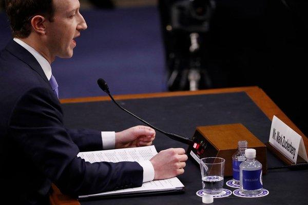 Mark Zuckerberg ifade verdi, tarihi anlar yaşandı