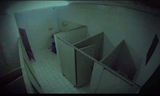 Tuvaletteki gizli kamera kaydetti