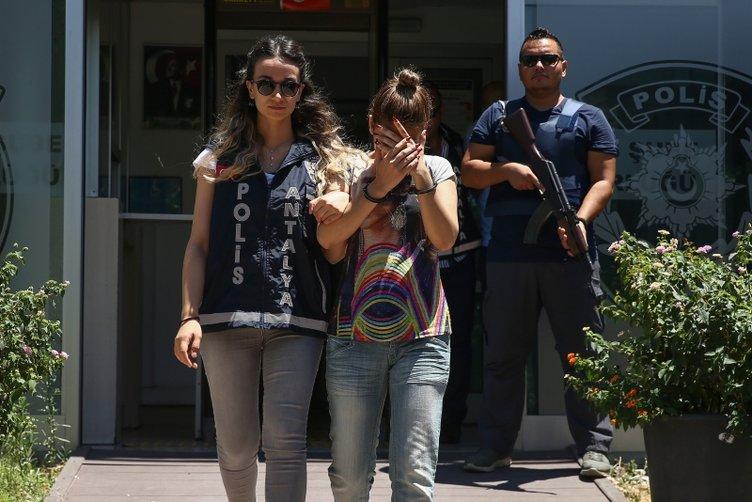 Tatil için geldiler, hırsızlık yaparken yakalandılar