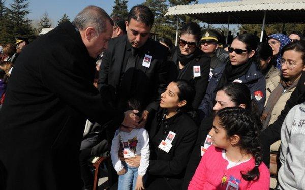 Cumhurbaşkanı Gül ve Başbakan Erdoğan'ın zor anları