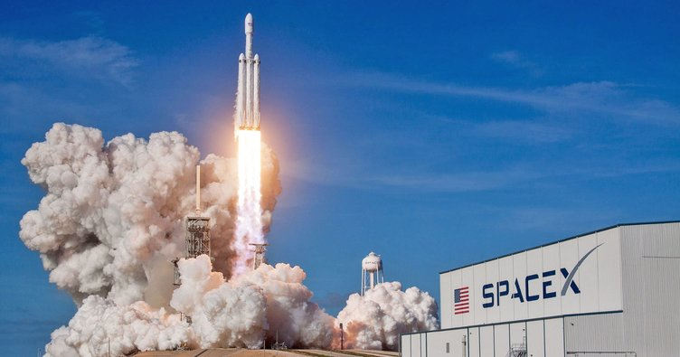 SpaceX çalışanlarının yüzde 10'unu işten çıkaracak