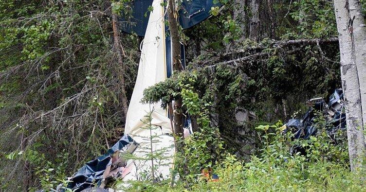 ABD'de iki uçak havada çarpıştı: 7 ölü