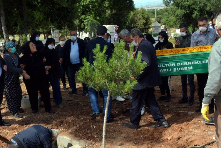 Milli boksörün öldürdüğü Zeynep Şenpınar, gözyaşları ile toprağa verildi