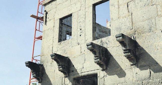 Jandarma Mektebi restore ediliyor