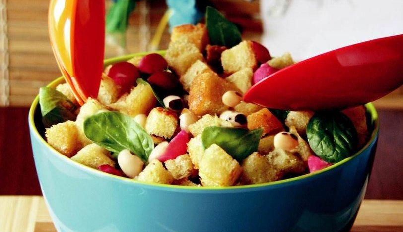 Fasulyeli, Ispanaklı, Turplu Ekmek Salatası