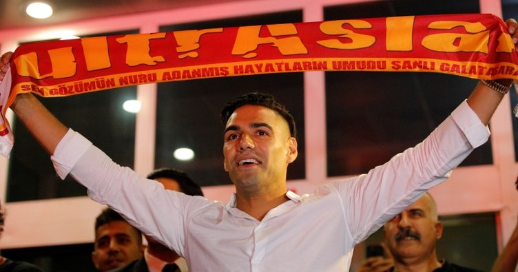 Son dakika: Radamel Falcao resmen Galatasaray'da! İşte transferin maliyeti