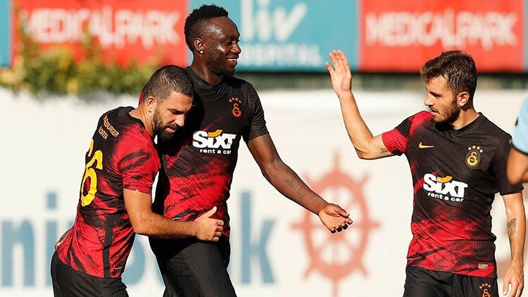 Galatasaray'da şok gerçek ortaya çıktı! Basına sızan belgeler...