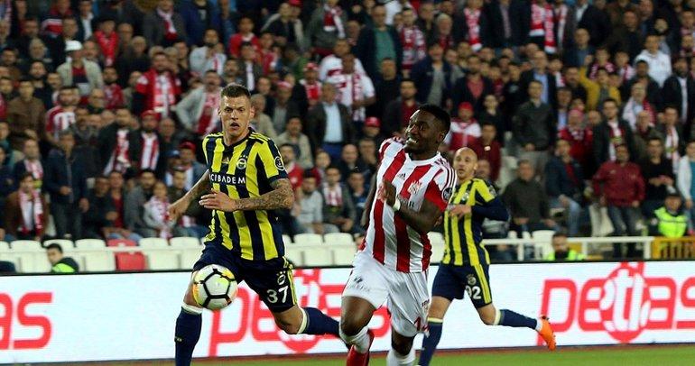 Sivasspor'un yıldızı, Göztepe'ye transfer oluyor