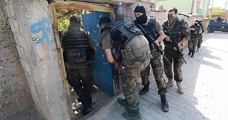 Son dakika: Gaziantep'te silah operasyonu: Çok sayıda mühimmat ele geçirildi