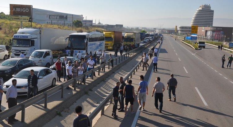 Bursa-Ankara yolunu kapatan kaza