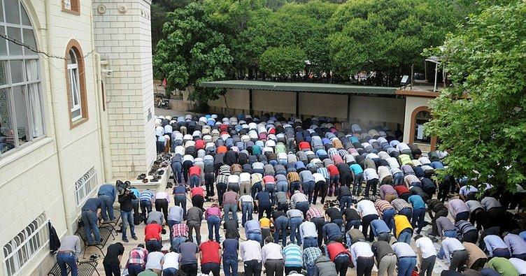 """1 Şubat Cuma namazında okunacak hutbe - Cuma Hutbesi: """"Rıfk: Allah Her İşte Zerafeti Sever"""""""