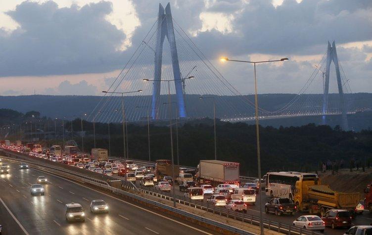 Yavuz Sultan Selim Köprüsü'nde trafik yoğunluğu