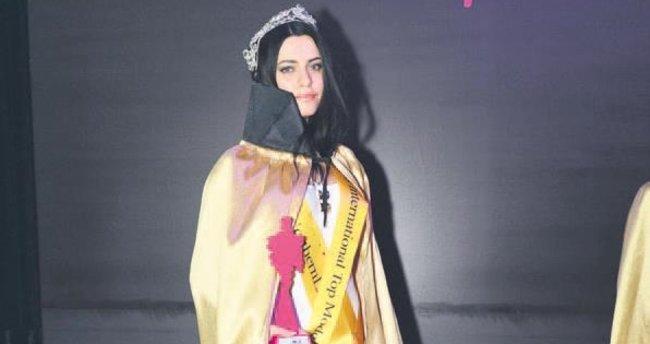 Yarışmanın birincisi Türk model
