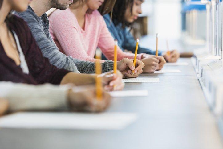 KPSS ortaöğretim başvuruları bugün başladı! ÖSYM ile 2020 KPSS ortaöğretim başvurusu nasıl ve ne zamana kadar yapılacak, başvuru ücreti ne kadar?