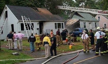 ABD'de malikanede yangın: 4 ölü