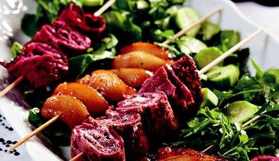 Mor Krepli Kızarmış Armut Salatası