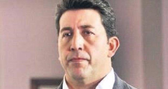 Emre Kınay FETÖ'cü hackerı şikâyet etti