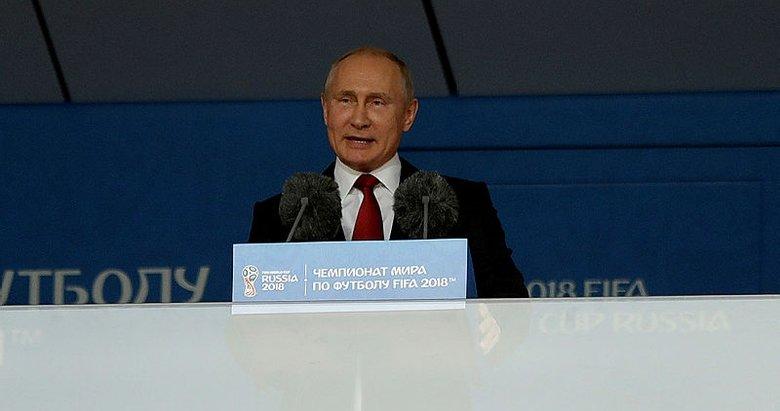 """Vladimir Putin: Futbol ailesinin bayramını kutluyorum"""""""