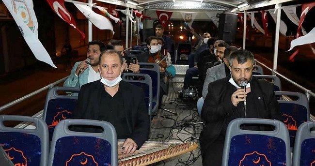 Tur otobüsüyle tasavvuf konseri