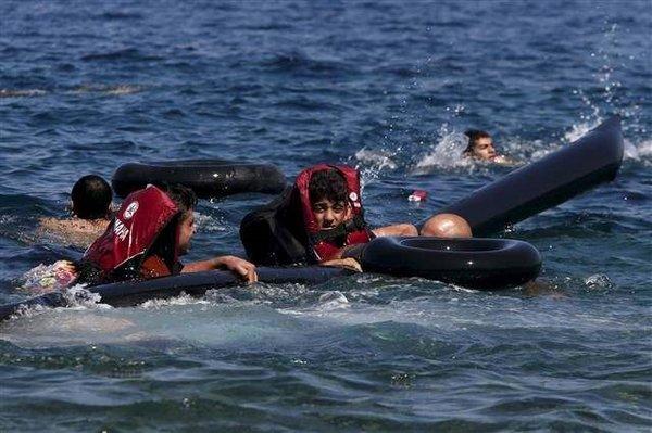 Batan bottan mültecilerin yürek burkan fotoğrafları