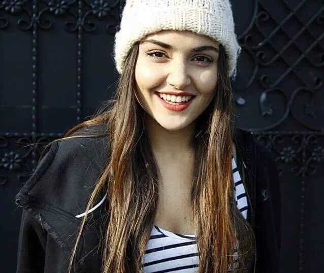 Image result for Hande Erçel