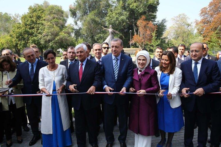 Cumhurbaşkanı Erdoğan Vitacura Türkiye Parkı'nın açılışını yaptı