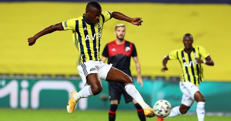 Son dakika: Fenerbahçeli Samatta Karagümrük maçında siftah yaptı! İşte gol vuruşu
