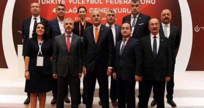 Voleybolun yeni başkanı Mehmet Akif Üstündağ