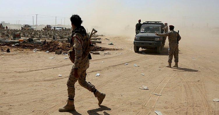 Husilerden Suudi Arabistan'ın güneyindeki hava üssüne SİHA saldırısı