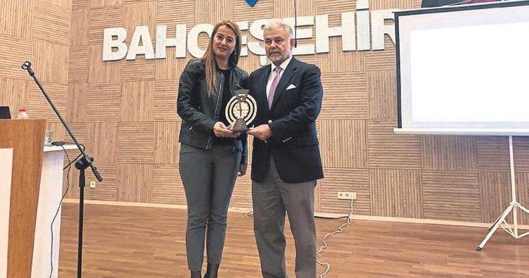 Öztürk'ten güvenli okul konferansı