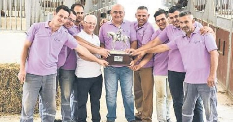 Gazi Kupası Bursa'ya geldi