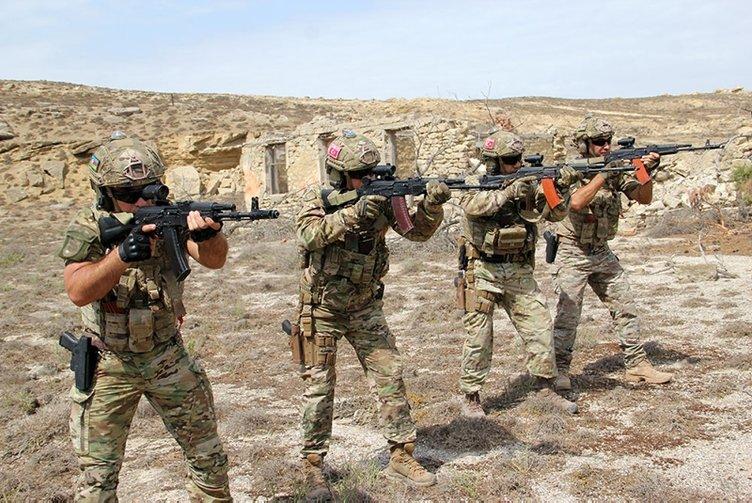 Türkiye ve Azerbaycan SAT'larından nefes kesen tatbikat! Düşman hedefleri imha edildi