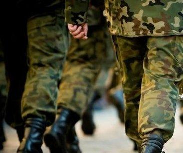 İşte 28 günlük bedelli askerin çantası! - Askere...