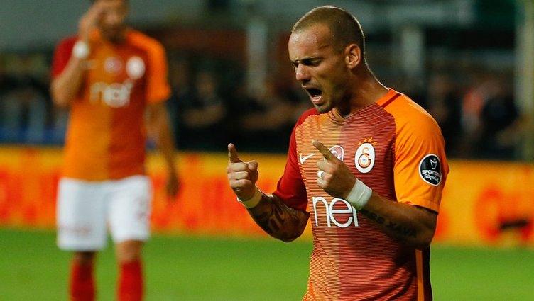Galatasaray'da Östersunds maçı sonrası Sneijder kararı!