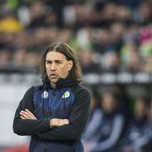 Wolfsburg'da teknik direktör Schmidt istifa etti