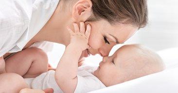 Bebeğiniz göz teması kurabiliyor mu?