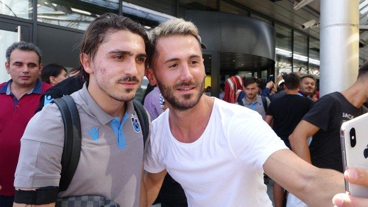 Trabzonspor kafilesi Avusturya'ya geldi! Yusuf Yazıcı için çarpıcı tezahürat