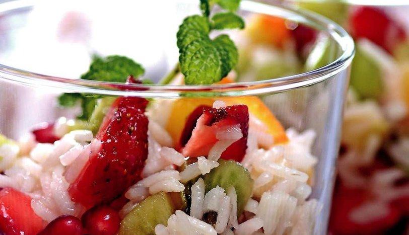Meyveli Pirinç Salatası