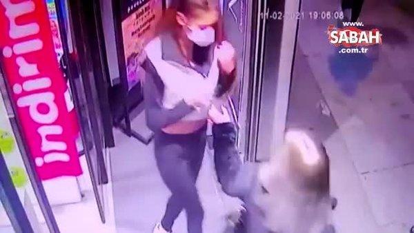 İstanbul'da kadınları hedef seçen yankesici genç kızın kurnaz yöntemleri kamerada | Video