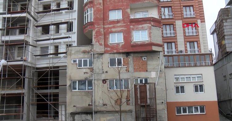 İstanbul Bağcılar'da göreni şaşkına çeviren bina...